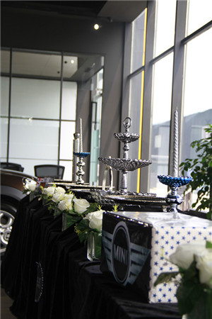 MINI中原第一家4S展厅开业